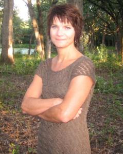 Holly Grose author